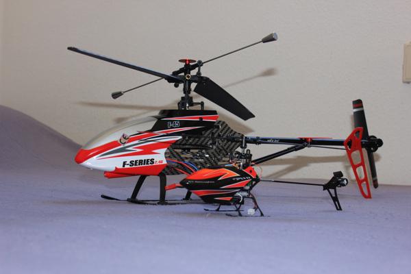 Helis MJX F45 und WLToys V922